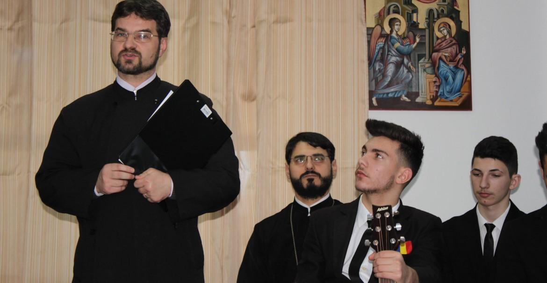 Pr. Director Laurențiu Rădoi