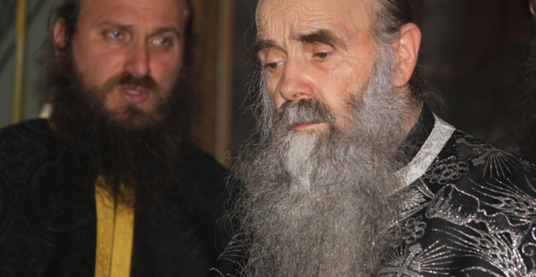 Părintele Protosinghel Ioanichie