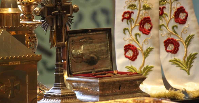 Moaștele Sfântului Ierarh Calinic de la Cernica