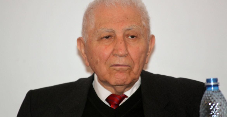 Acad. Prof. Univ. Dr. Emilian Popescu