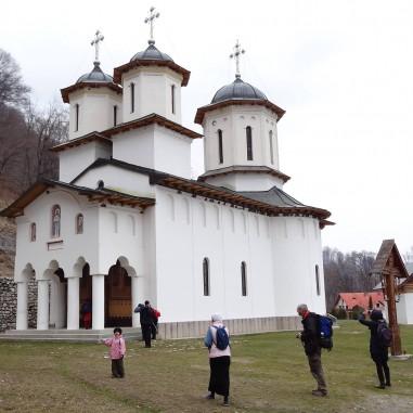 Sfânta Mănăstire Pătrunsa