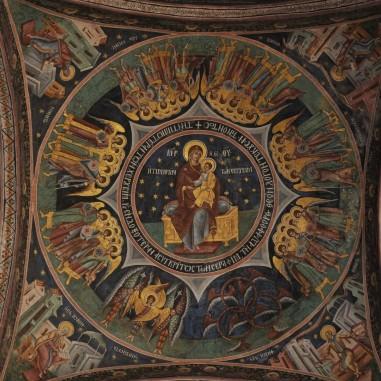 Frescă, pridvorul Mănăstirii Hurezi