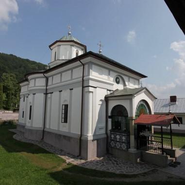 Biserica Mănăstirii Frăsinei