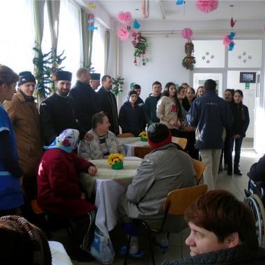 Daruri pentru bătrânii din zona Horezu